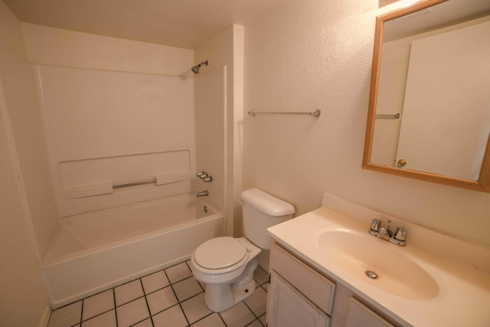 Centre Square Bath Room